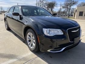 2015 Chrysler 300 Arlington TX 10774 - Photo #1